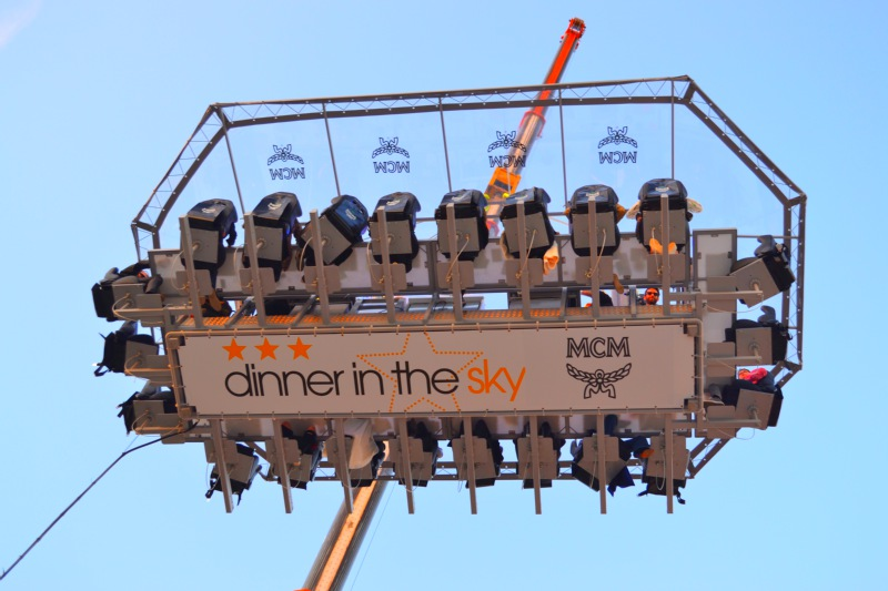 mcm-dinner-in-the-sky-athens