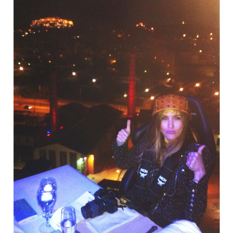 dinner-in-the-sky-athens-maryhop