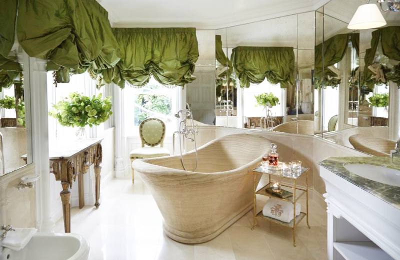 luxurious-hotel-bathrooms