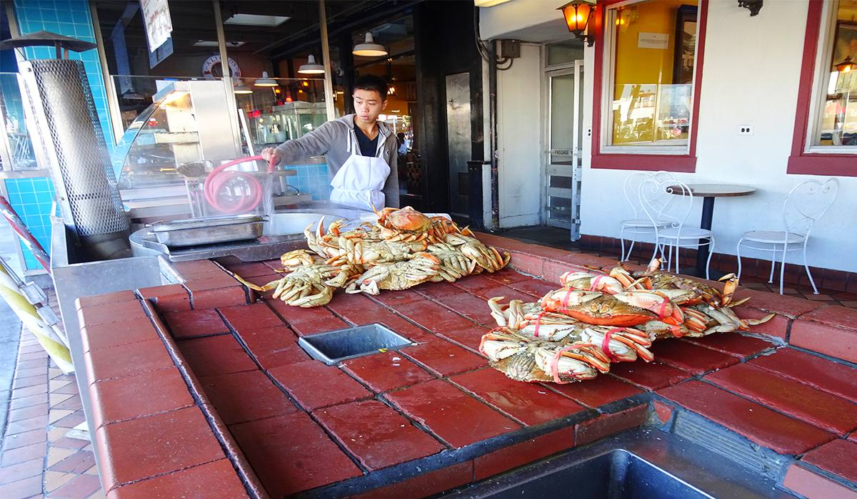 THE CRAB MARKET IN SAN FRANCISCO