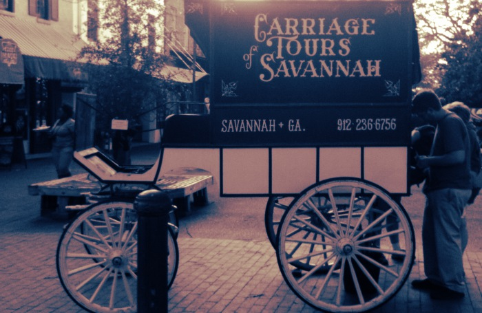 THE GHOST TOURS IN SAVANNAH