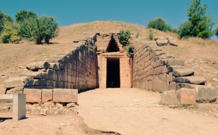 THE GLORY OF THE ANCIENT MYCENAE