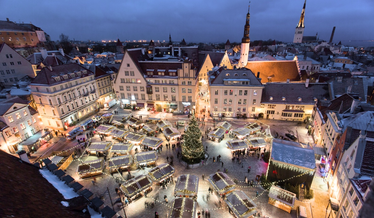 THE CHRISTMAS MARKETS OF EUROPE