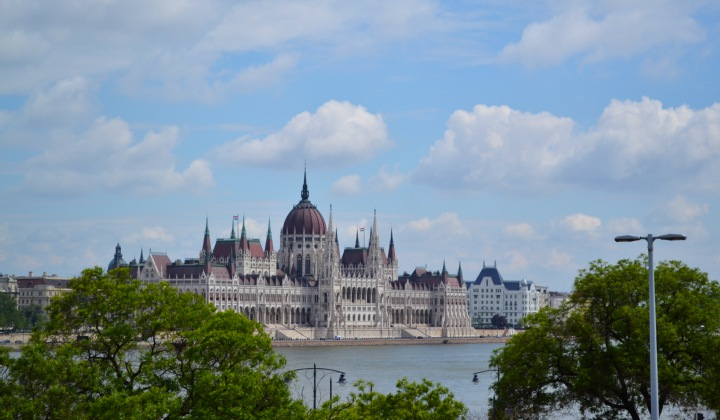 BUDAPEST: ACCOMMODATION IN BUDA OR PEST?