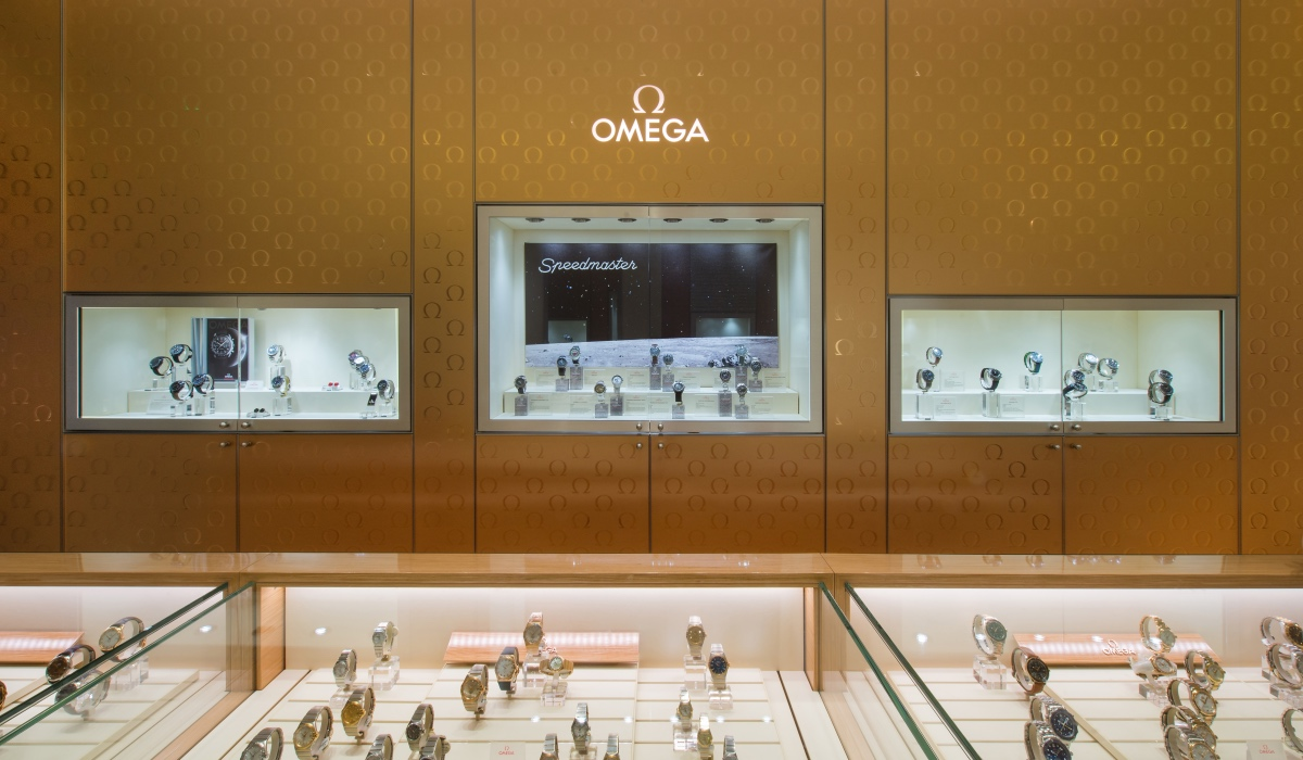 OMEGA 60th ANNIVERSARY VINTAGE EXHIBITION