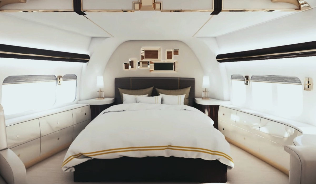 THE LUXURIOUS WORLD OF VIP JETS